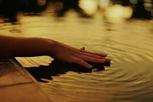 Наши мысли - как круги по воде - расходятся и становятся нашей жизнью